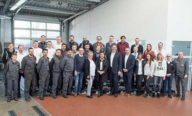 Teamfoto Automobile Basdorf Mitsubishi Gelsenkirchen